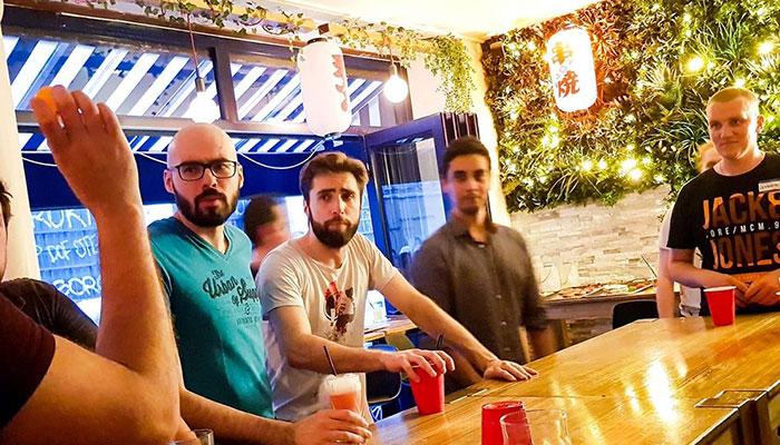 Oni - Bar retrouvailles Paris